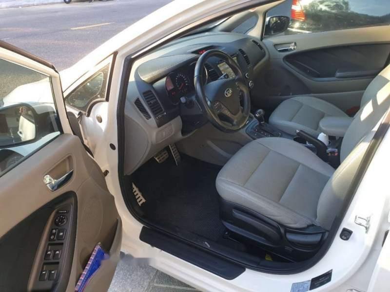 Cần bán Kia K3 năm sản xuất 2016, màu trắng, nhập khẩu, giá 510tr-4