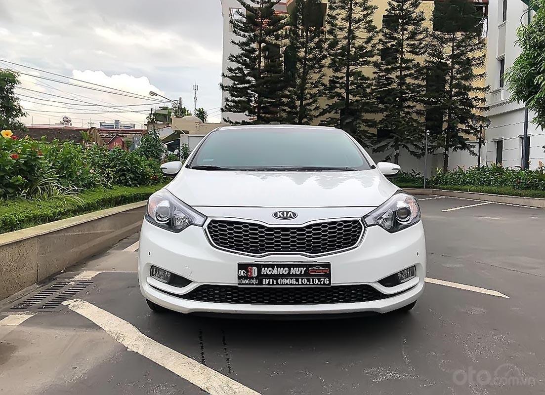 Cần bán lại xe Kia K3 đời 2016, màu trắng (1)