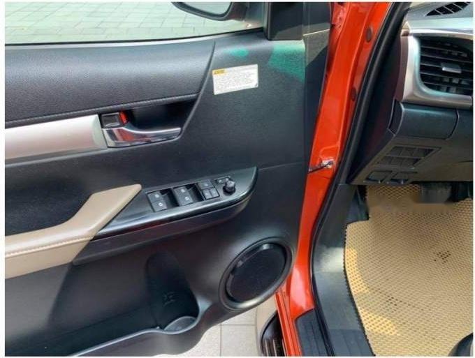 Bán xe Toyota Hilux G sản xuất 2016 chính chủ, giá chỉ 698 triệu (5)