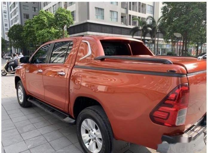 Bán xe Toyota Hilux G sản xuất 2016 chính chủ, giá chỉ 698 triệu (3)