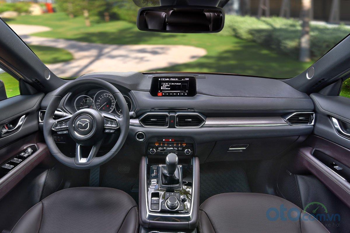 Nội thất Mazda CX-8 có thiết kế tương tự như đàn em CX-5.