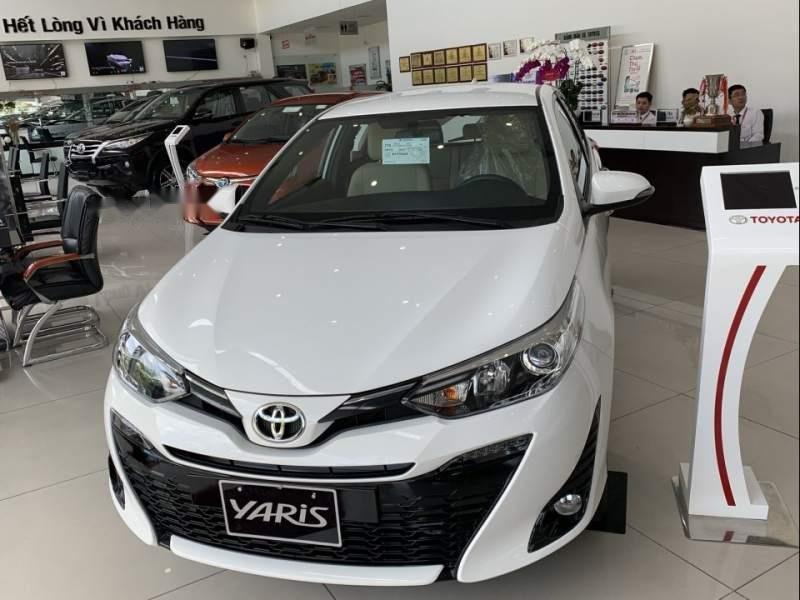 Bán xe Toyota Yaris sản xuất năm 2019, màu trắng, nhập khẩu nguyên chiếc -0