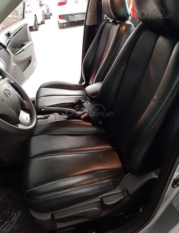 Cần bán lại xe Hyundai Sonata 2.0 AT năm sản xuất 2010, màu bạc  (3)