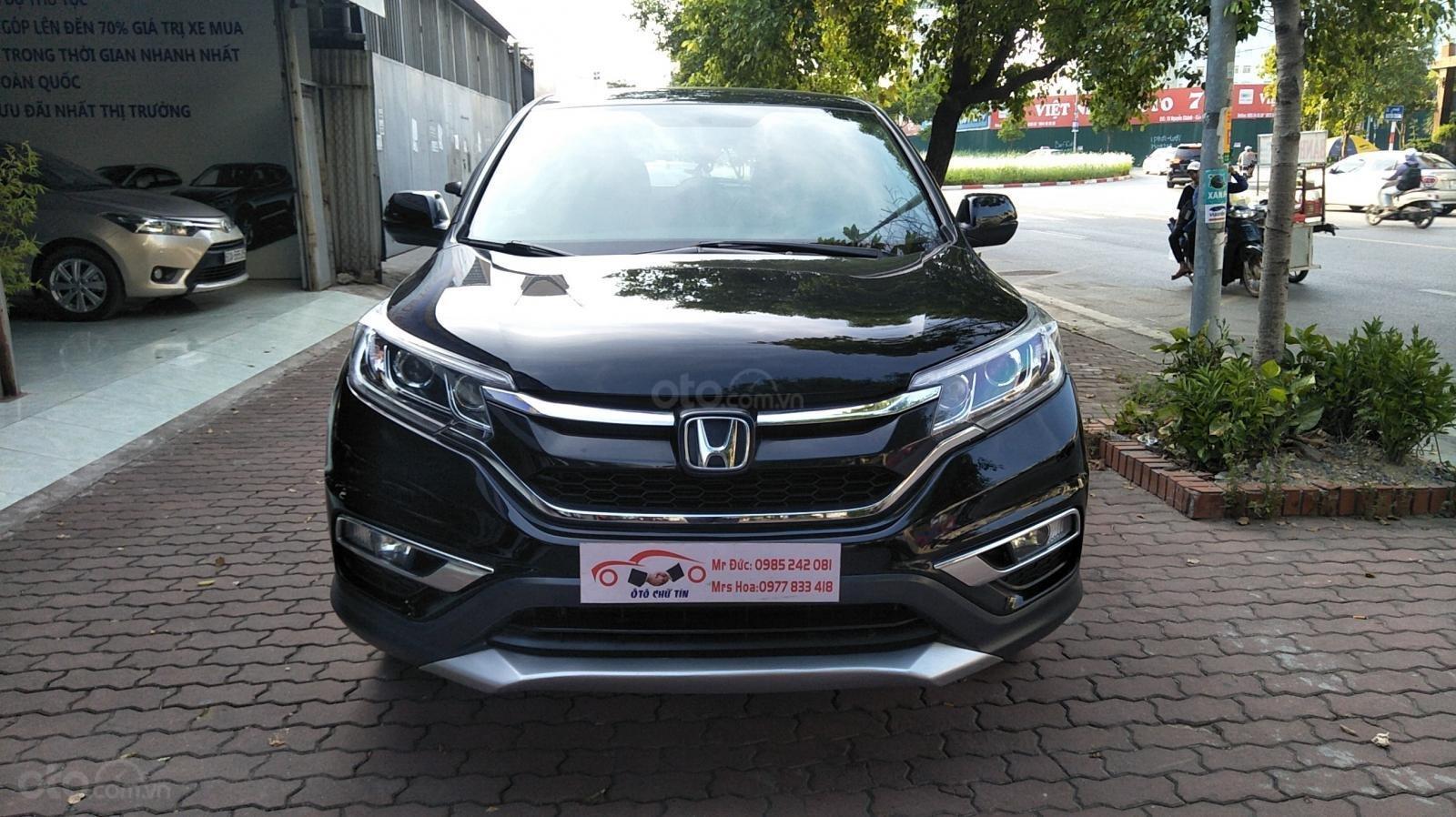 Honda CR V năm sản xuất 2015, màu đen (1)