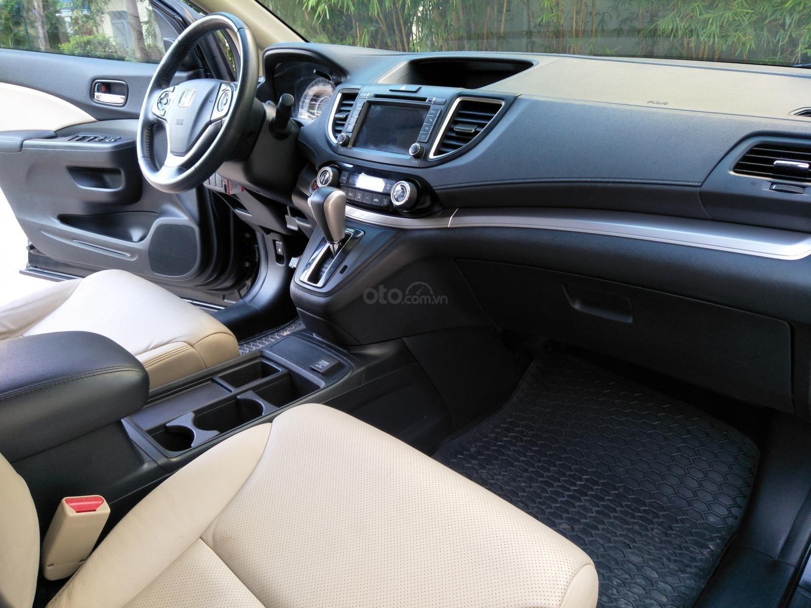 Honda CR V năm sản xuất 2015, màu đen (8)