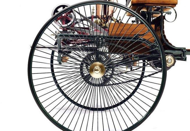 Bánh xe của Benz Patent Motorwagen.