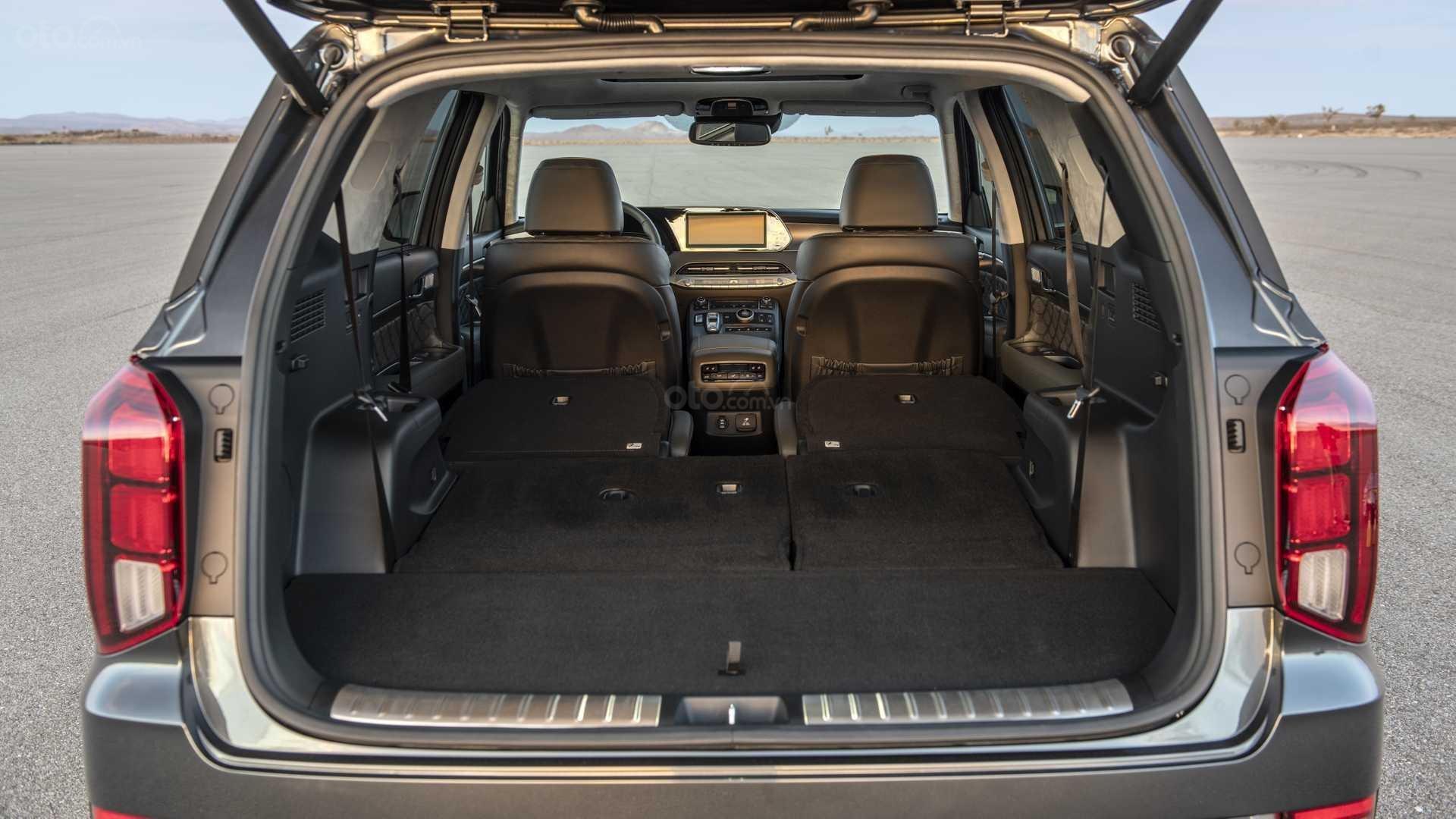 Khoang hành lý của Hyundai Palisade 2019.