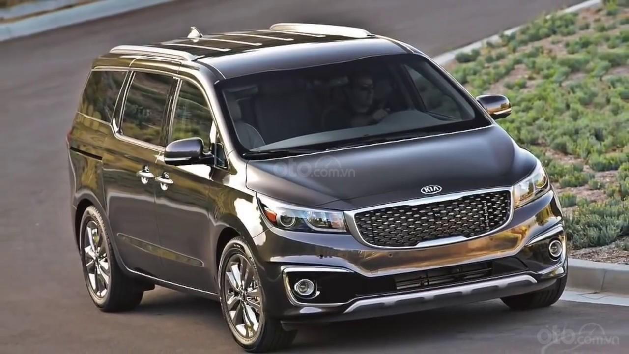 Minivan thường có mức tiêu hao nhiên liệu thấp hơn SUV.