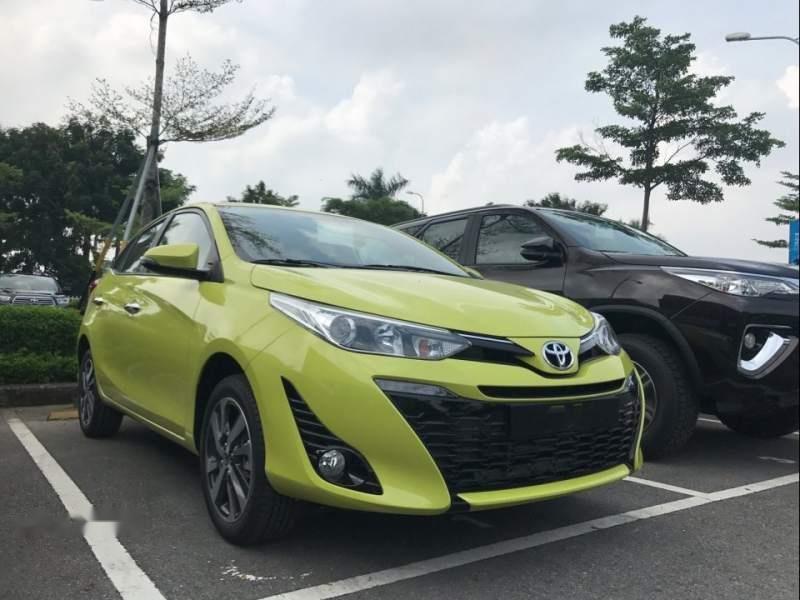 Bán Toyota Yaris năm 2019, màu xanh lục, nhập khẩu-0
