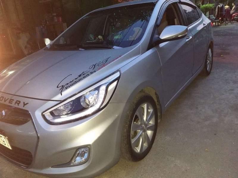 Bán Hyundai Accent đời 2012, màu bạc, xe nhập-0