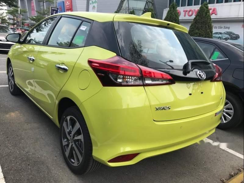 Bán Toyota Yaris năm 2019, màu xanh lục, nhập khẩu-4