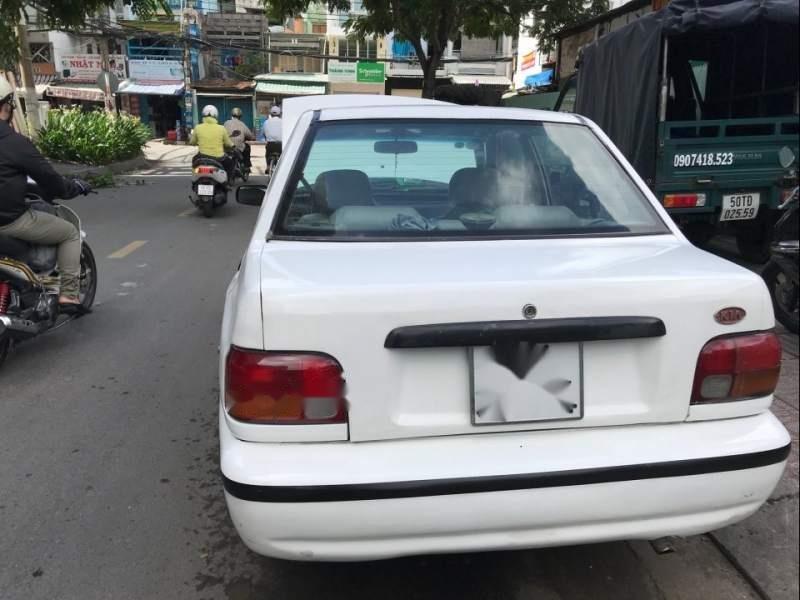 Bán ô tô Kia Pride đời 2000, màu trắng-2