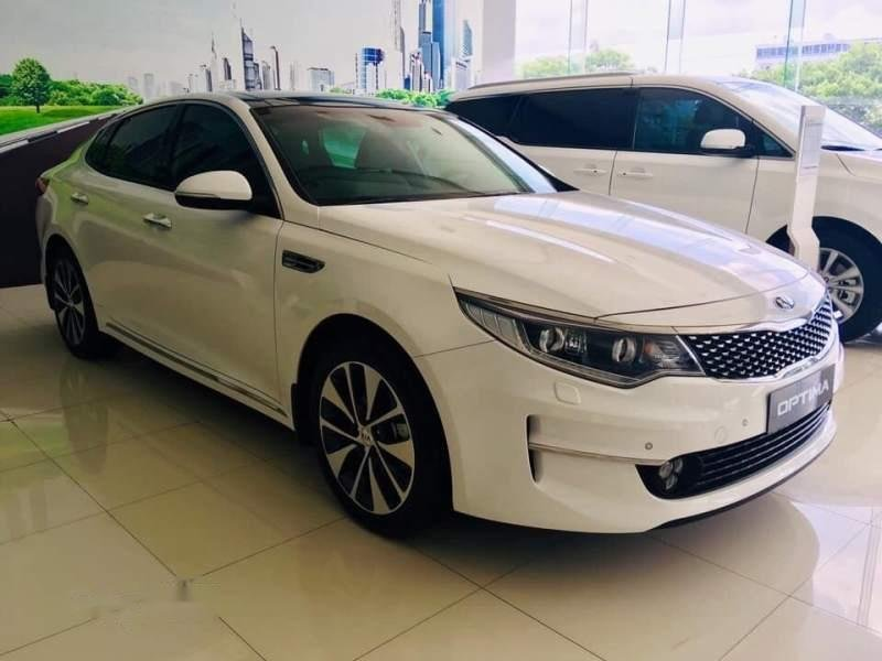Cần bán Kia Optima AT sản xuất năm 2017, xe chính chủ sử dụng còn mới, giá ưu đãi (2)
