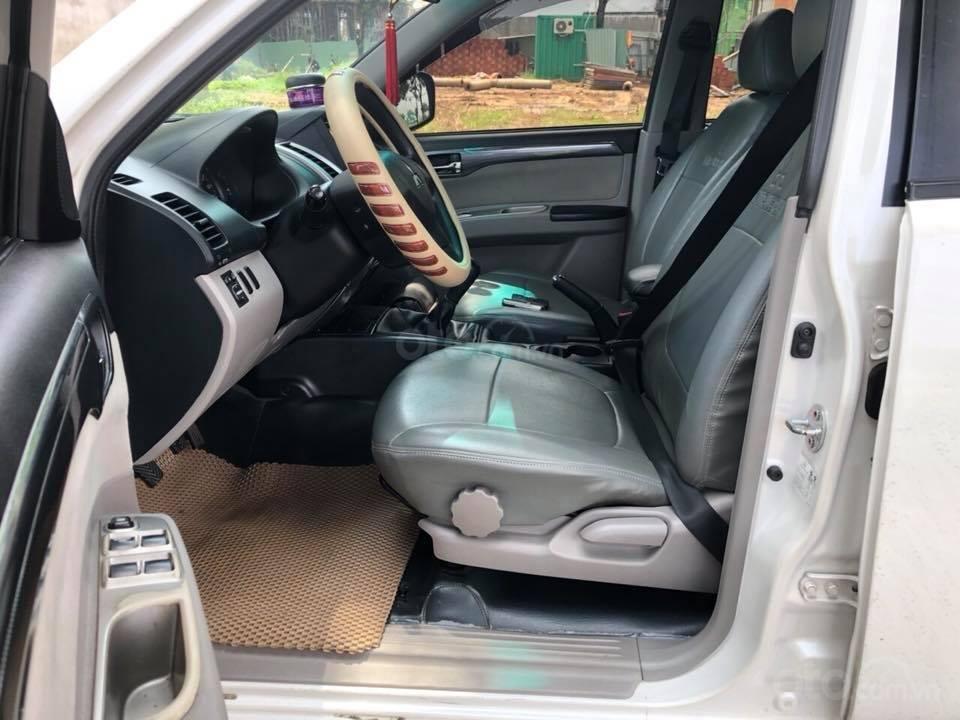 Gia đình cần bán xe Mitsubishi Pajero Sport 2016, số sàn, máy dầu (4)