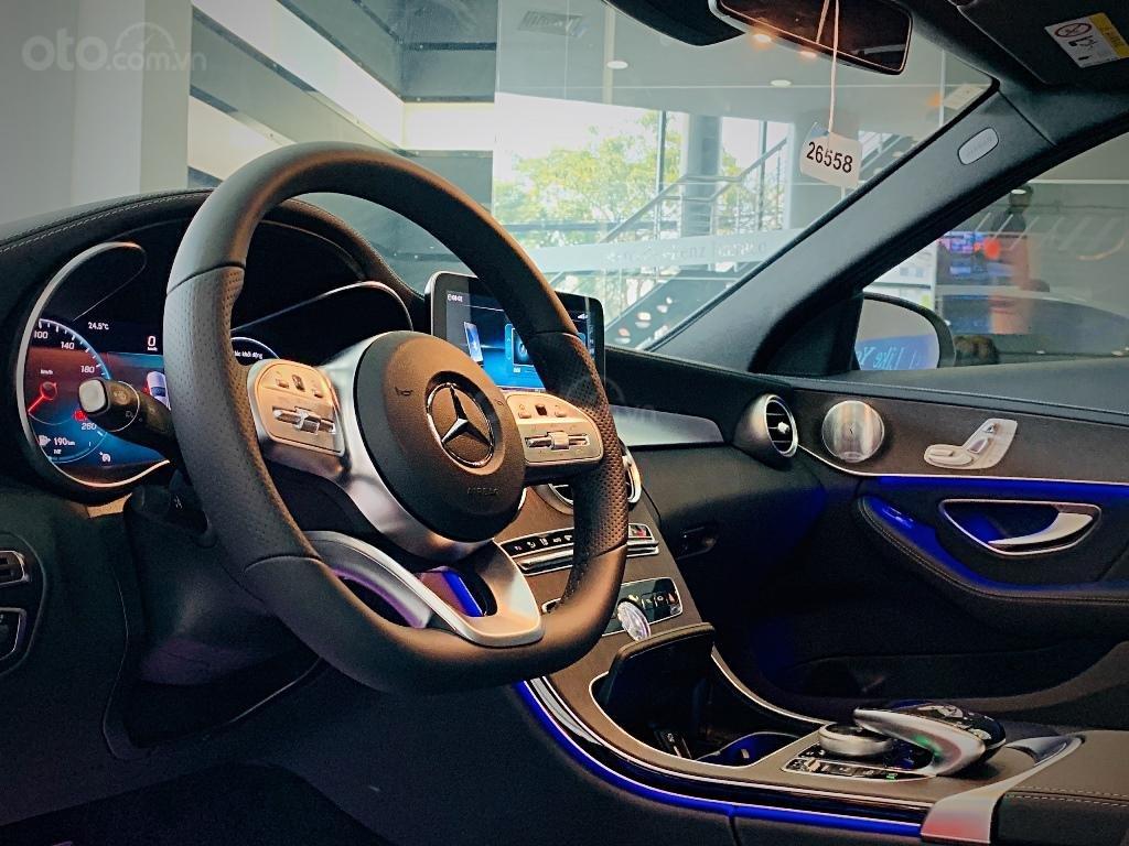 Cần bán Mercedes đời 2019, màu đỏ (7)