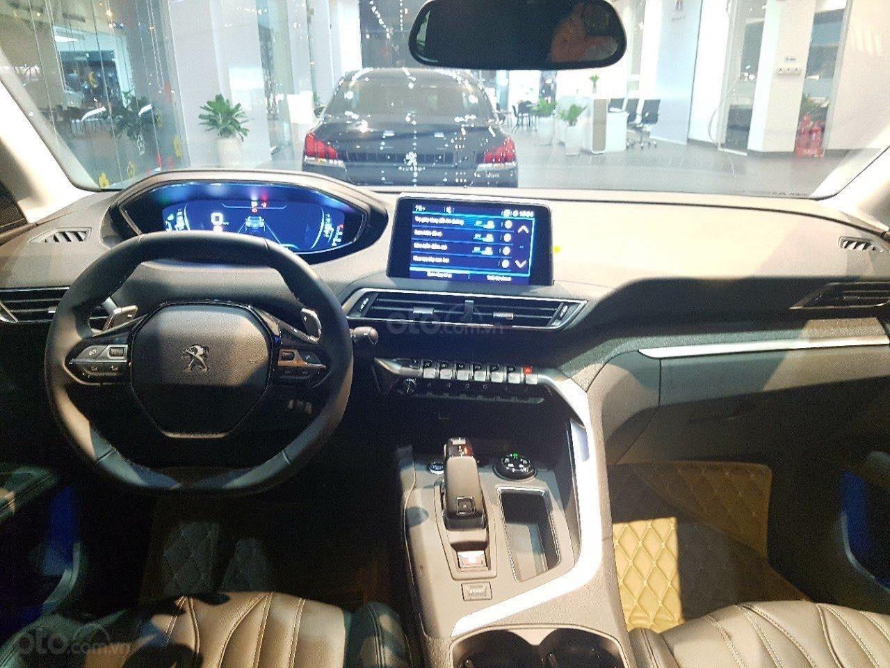 Bán xe Peugeot 5008 7 chỗ, 2019, ưu đãi khủng, giao ngay, trả trước 360 triệu (5)