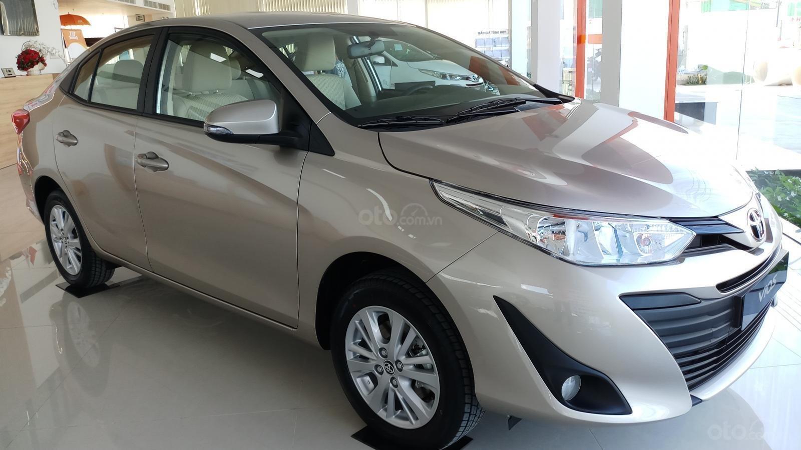 Bán Toyota Vios 1.5E CVT đời 2019, mới 100%, khuyến mãi khủng giao ngay-1