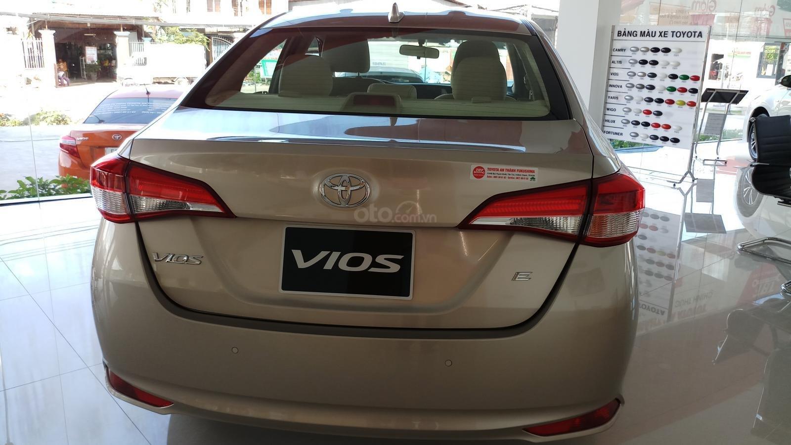 Bán Toyota Vios 1.5E CVT đời 2019, mới 100%, khuyến mãi khủng giao ngay-2