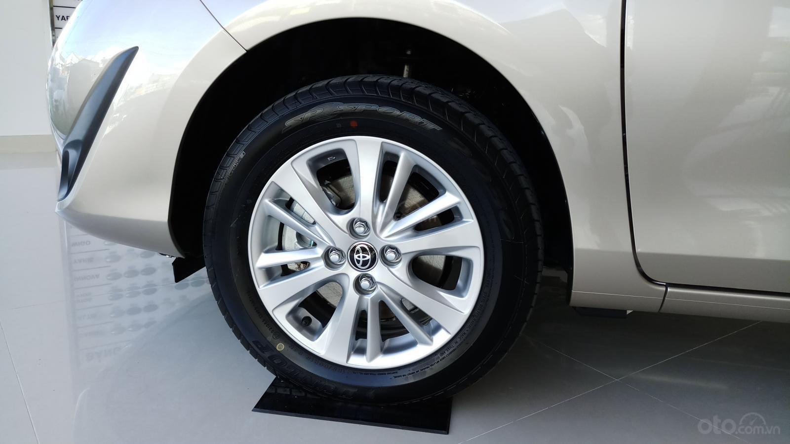 Bán Toyota Vios 1.5E CVT đời 2019, mới 100%, khuyến mãi khủng giao ngay-4