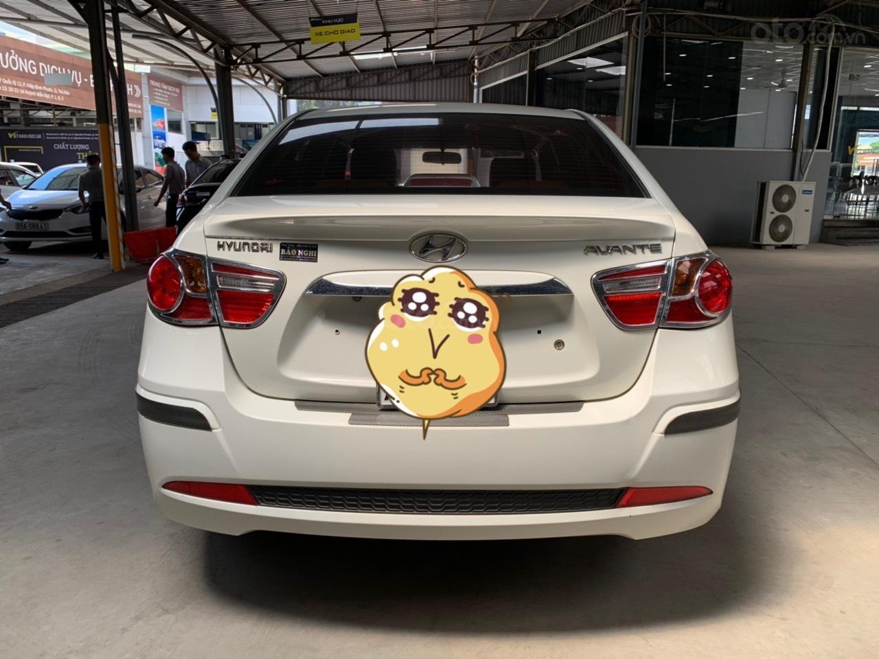 Cần bán Hyundai Avante 1.6MT đời 2016, màu trắng, không kinh doanh dịch vụ (2)