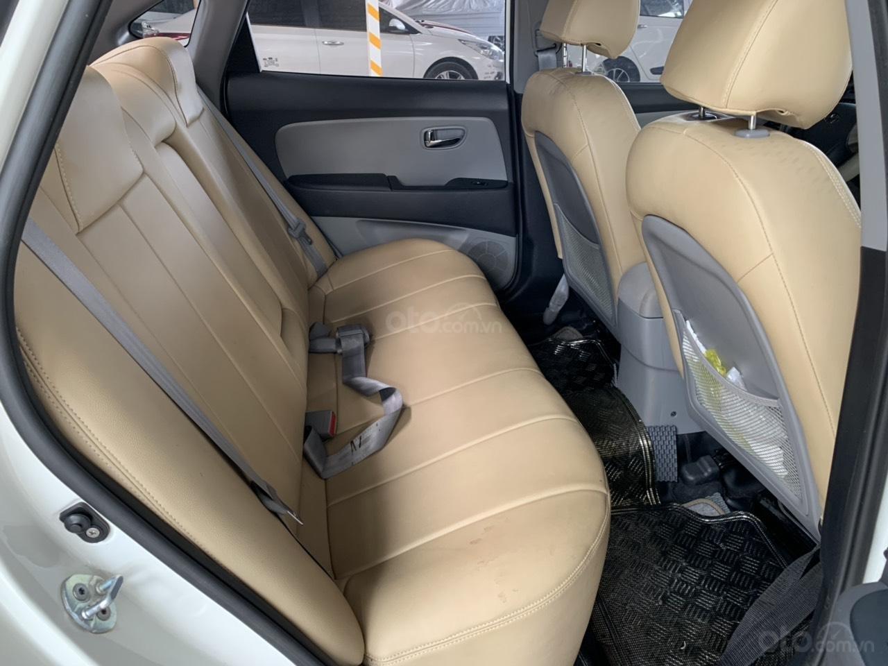 Cần bán Hyundai Avante 1.6MT đời 2016, màu trắng, không kinh doanh dịch vụ (5)