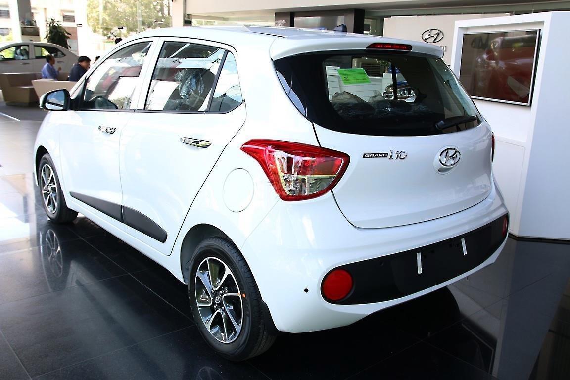 Giảm 10 triệu tiền mặt - chỉ 101 triệu - Hyundai Grand i10 Hatchback 1.2MT 2020, trả góp 85% (4)