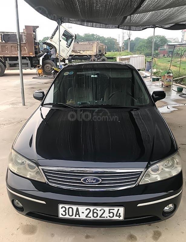 Bán Ford Laser sản xuất 2005, màu đen, ít sử dụng (2)