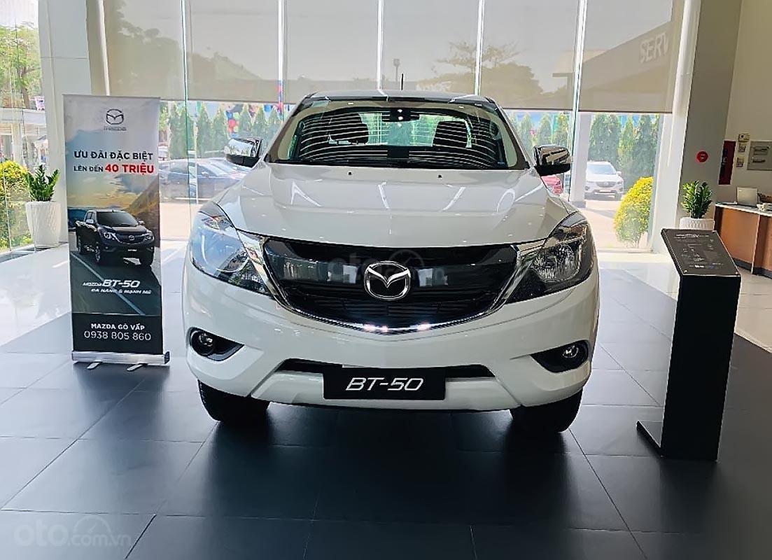 Cần bán xe Mazda BT 50 sản xuất 2019, màu trắng, giá 625tr-0