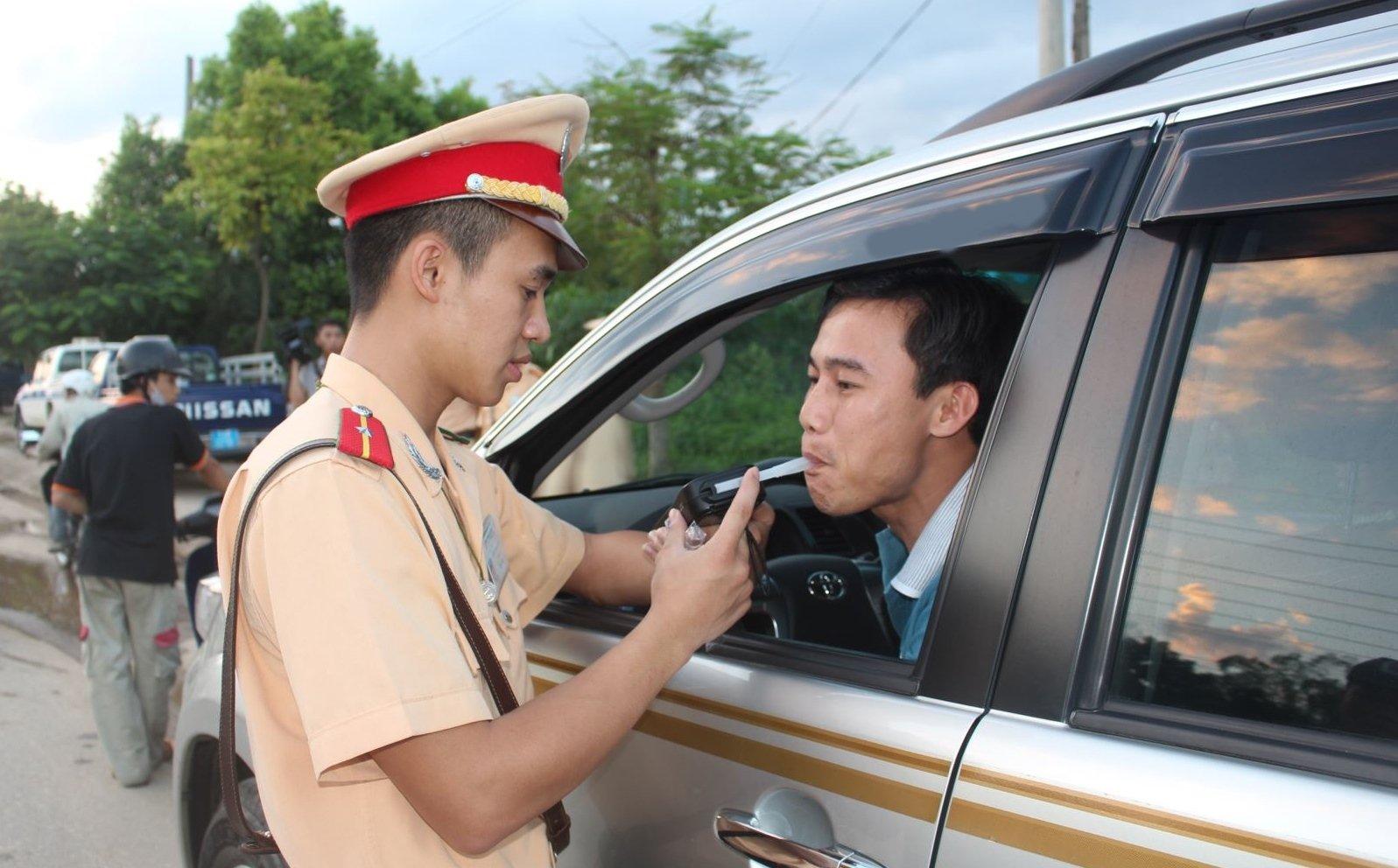 Nồng độ cồn cho phép khi lái xe hiện dưới mức 50mg/100ml máu.