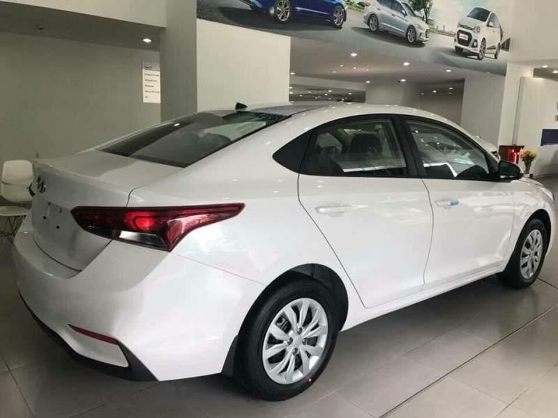 Bán Hyundai Accent 1.4MT Base đời 2019, màu trắng, nhập khẩu-1