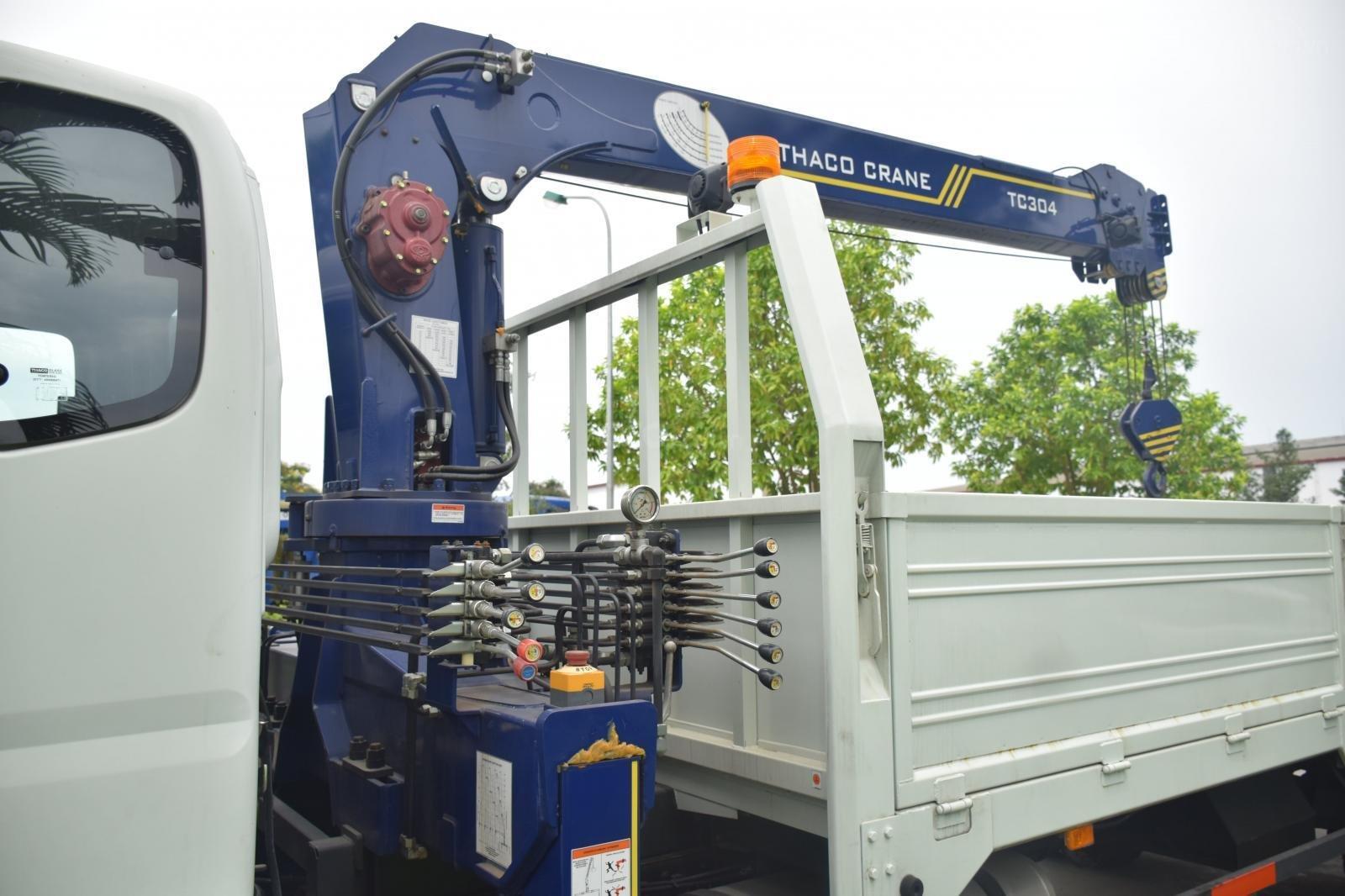 Bán Thaco OLLIN 900B tải cẩu 3 tấn, màu trắng (3)