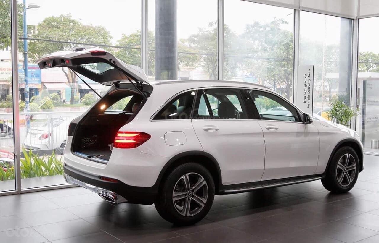 Giá xe Mercedes GLC200 2019 khuyến mãi, thông số, giá lăn bánh (11/2019) giảm giá tiền mặt, ưu đãi bảo hiểm và phụ kiện (10)
