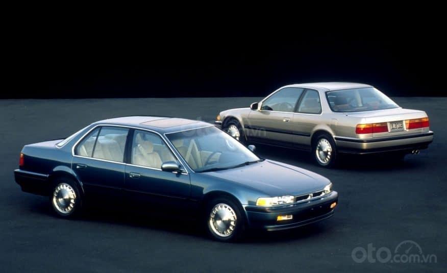 Lịch sử Honda Accord: Thế hệ thứ 4: 1990-1993.
