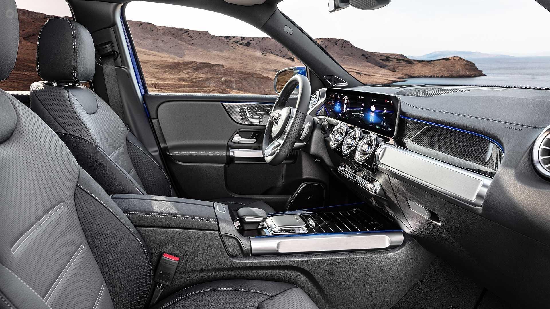 Ghế trước xe Mercedes-Benz GLB 2020