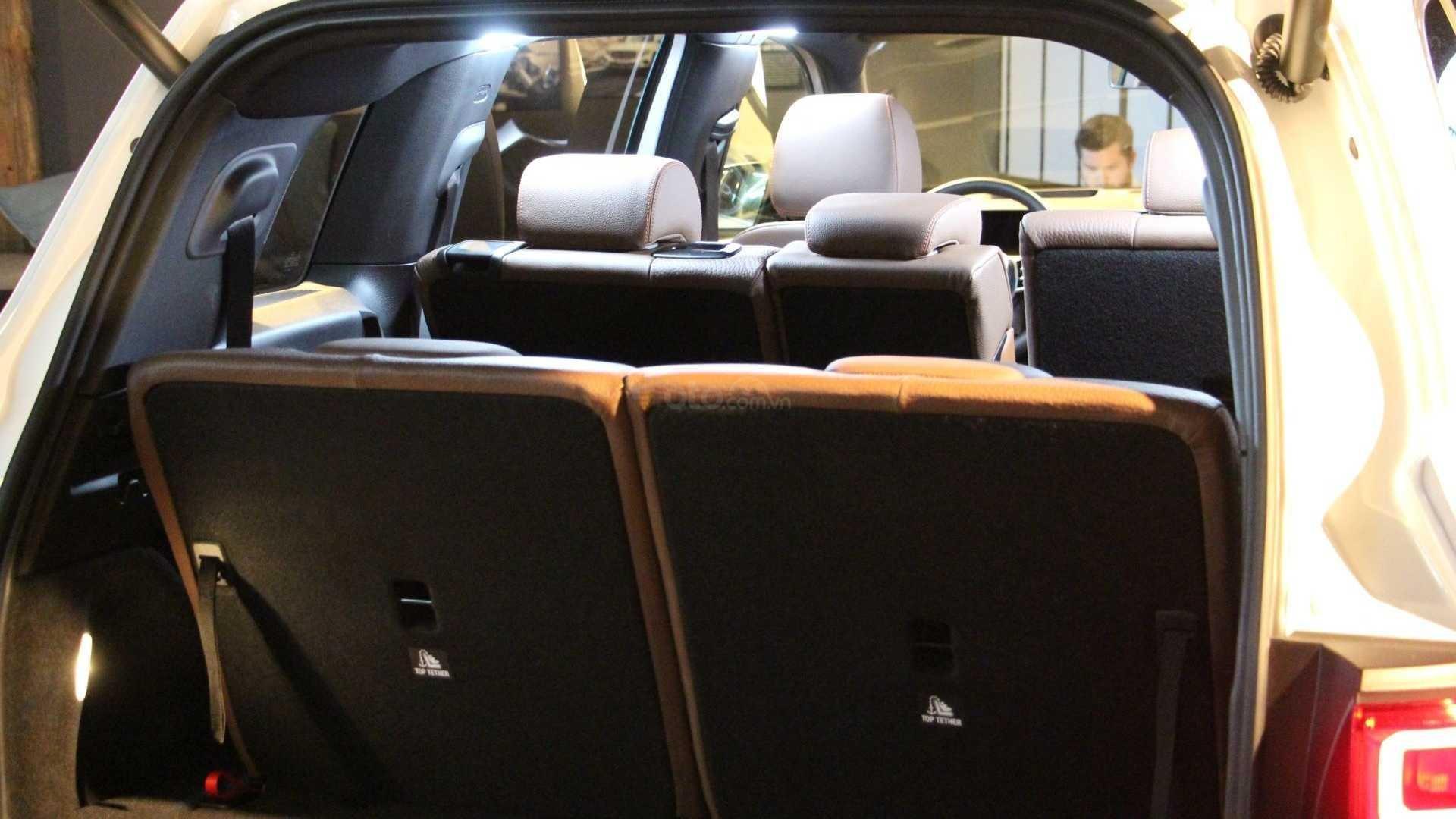 Ghế sau Mercedes-Benz GLB 2020