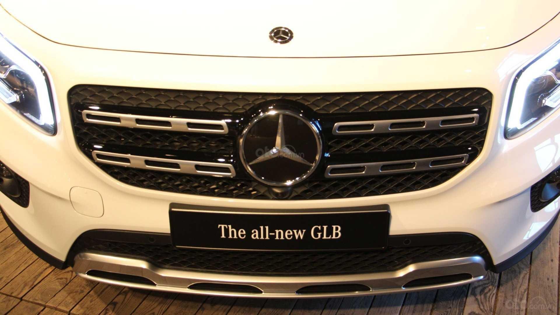 Lưới tản nhiệt xe Mercedes-Benz GLB-Class 2020