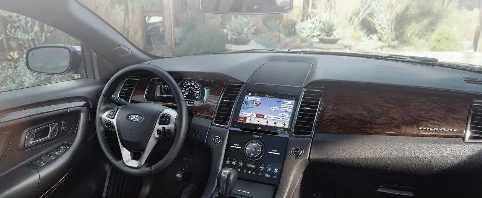 Ford Taurus 2019 bất ngờ xuất hiện tại Việt Nam a3