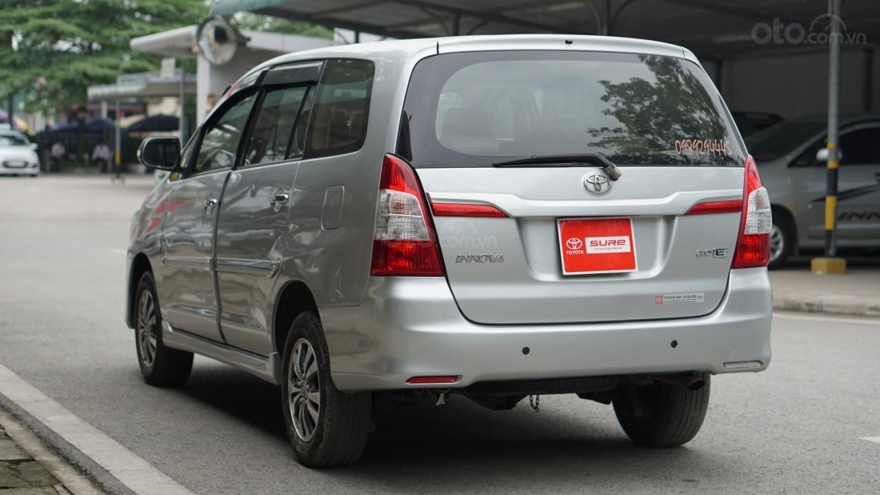 Bán ô tô Toyota Innova 2.0E năm sản xuất 2016, màu bạc (4)