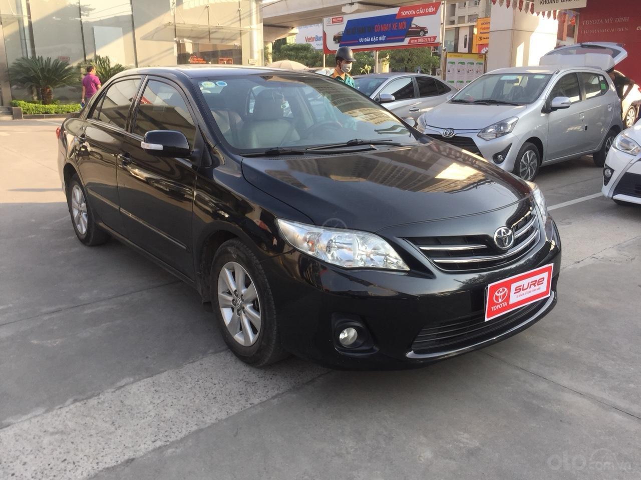 Bán xe Toyota Corolla altis sản xuất 2013, màu đen (1)