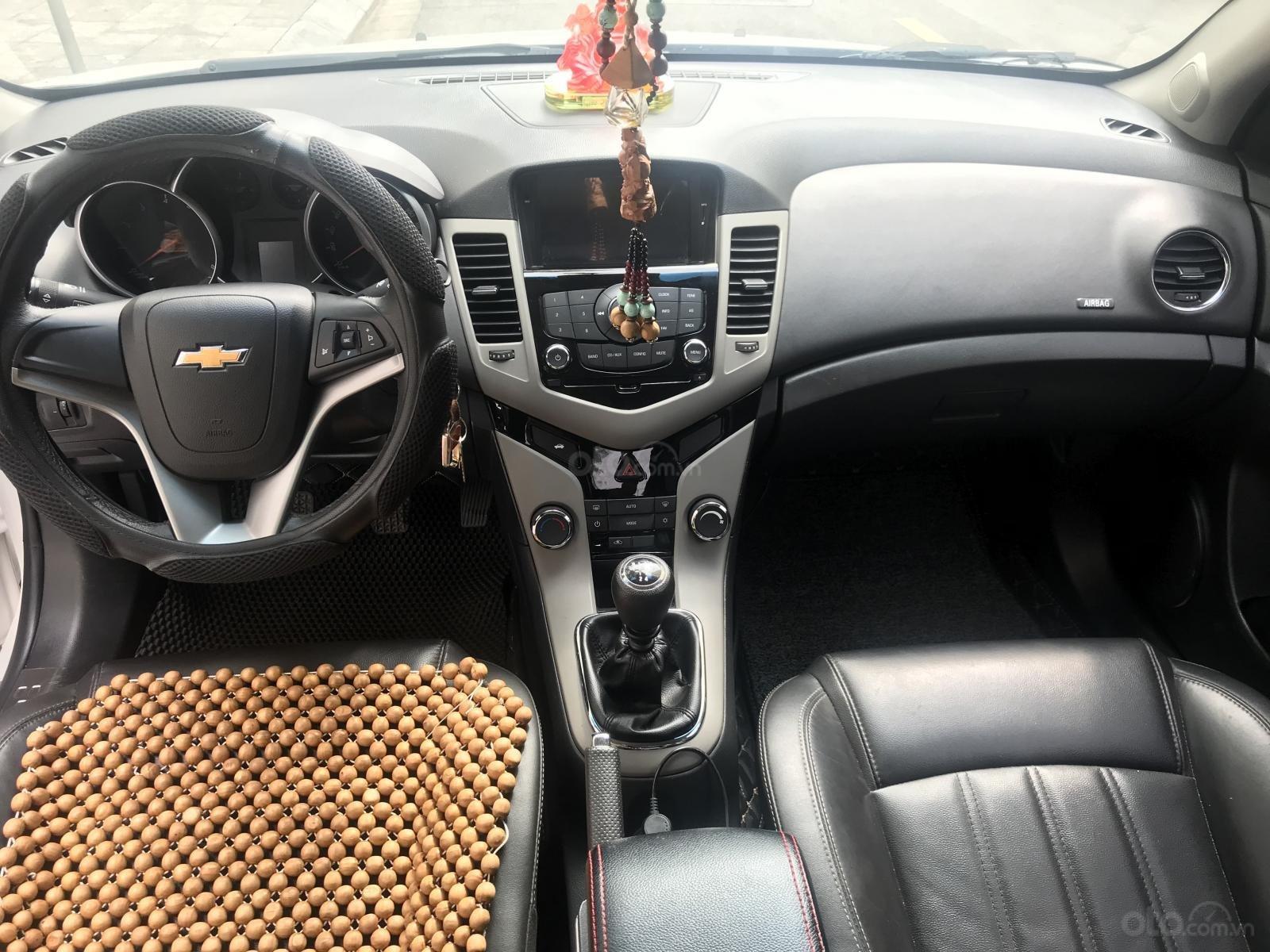 [Tín Thành Auto] Bán Chevrolet Cruze LS 1.6 số sàn, màu trắng (7)