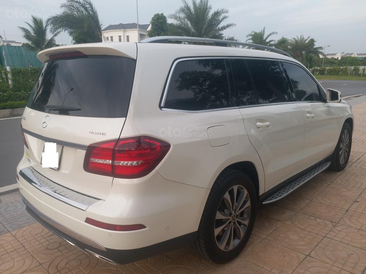 Bán Mercedes GLS400 4 Matic màu trắng sản xuất 12/2017, nhập Mỹ, biển Hà Nội-24