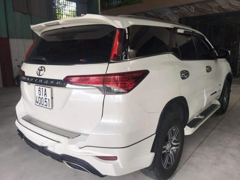 Bán Toyota Fortuner đời 2017, màu trắng, nhập khẩu nguyên chiếc-3