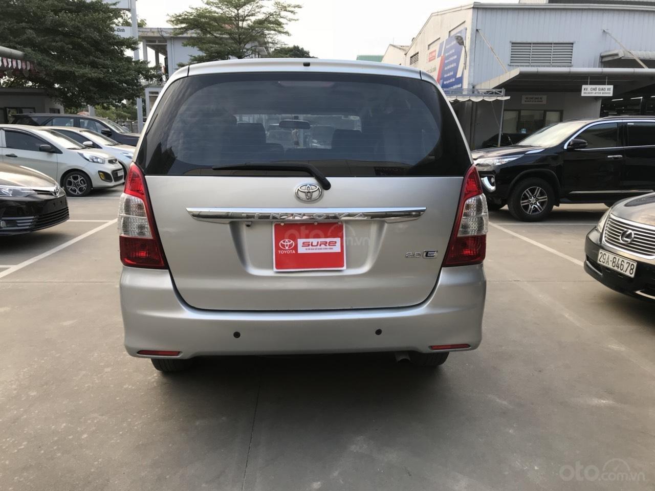 Bán ô tô Toyota Innova sản xuất 2013, màu bạc-0