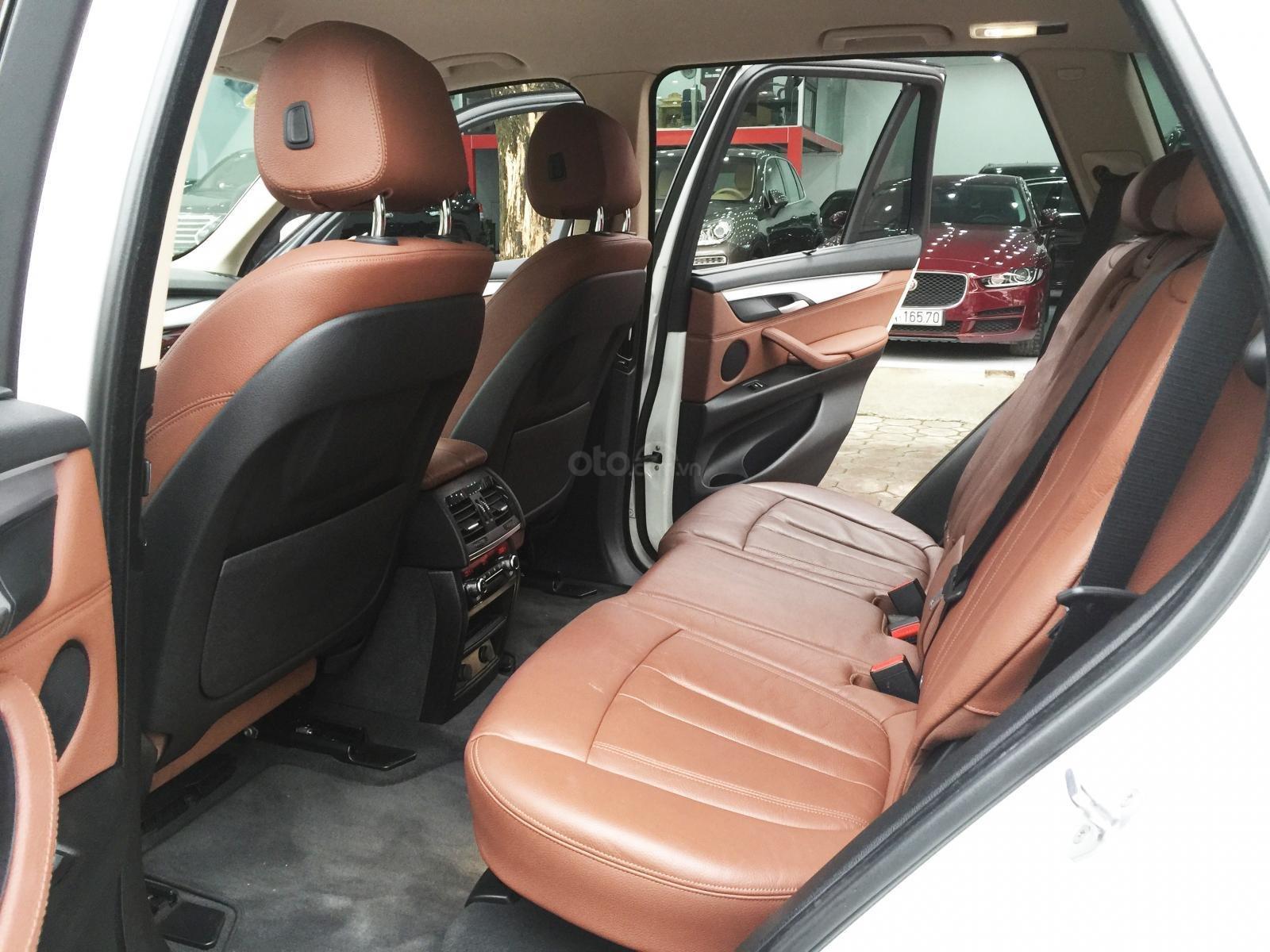 Bán BMW X5 xDriver năm sản xuất 2016, màu trắng, xe nhập (8)