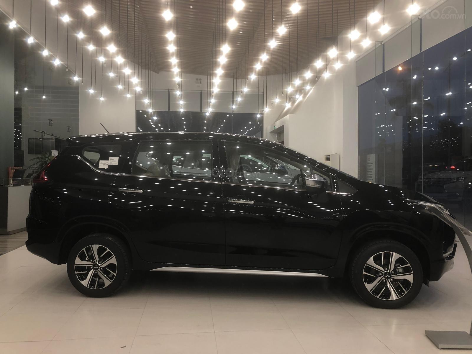 Bán Mitsubishi Xpander GLS năm sản xuất 2019, màu đen, nhập khẩu (4)