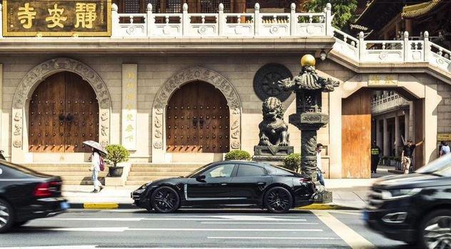 Chiêm ngưỡng Porsche Taycan thuần điện chạy thử lần cuối, rất gần ngày ra mắt 3a