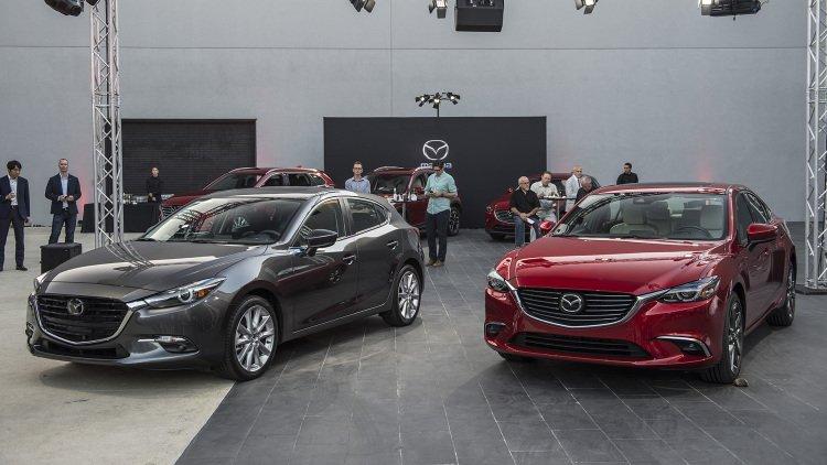 Giá xe Mazda 3 2017 hiện tại bao nhiêu tiền?