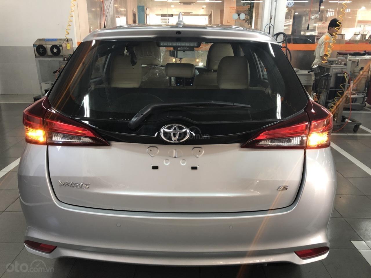 Bán Toyota Yaris 1.5G cao cấp năm 2019, màu bạc, xe nhập, khuyến mãi lớn (2)