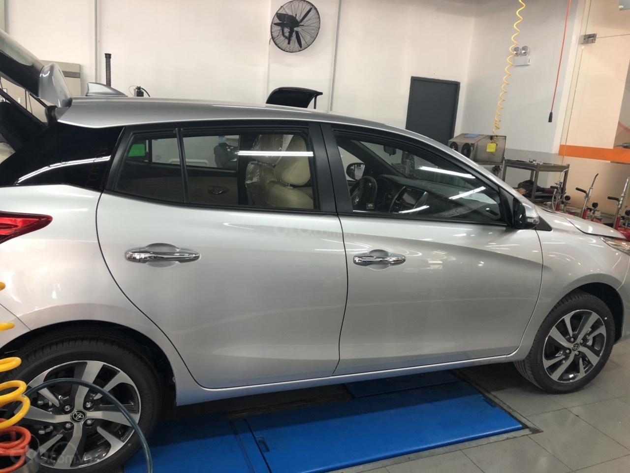 Bán Toyota Yaris 1.5G cao cấp năm 2019, màu bạc, xe nhập, khuyến mãi lớn (3)