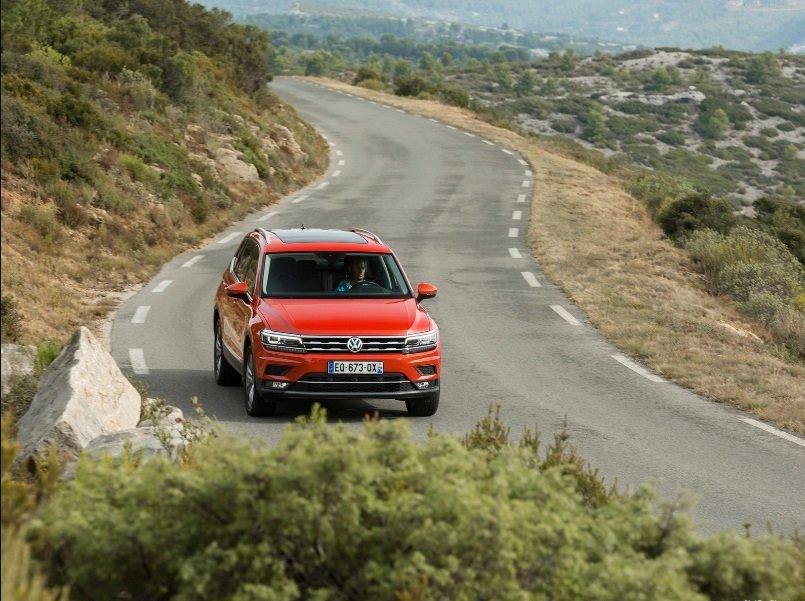 375 xe Volkswagen Tiguan bị triệu hồi do lỗi hệ thống treo sau a1